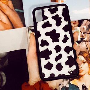 Wildflower Moo Moo Phone Case 🐄